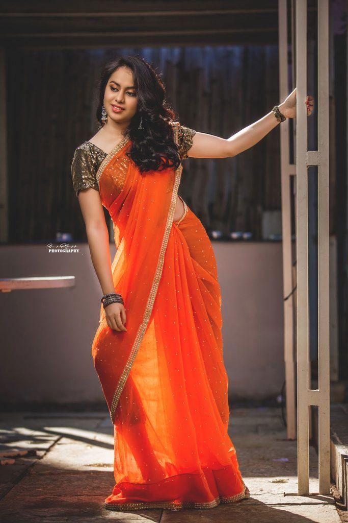 Actress Akansha Puri Latest bikini